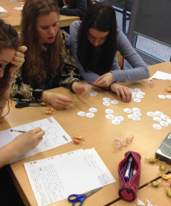 Students at the International School of Toulouse studying the rise of Stalin using the hexagon approach